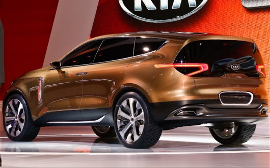 2014-Kia-Cross-GT-concept-rear-left-side-view