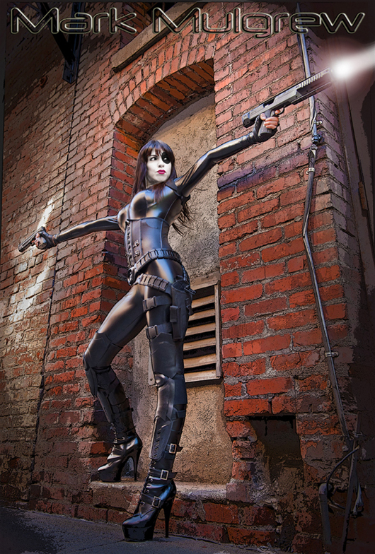 Domino-Cosplay-Fireball_Tim2
