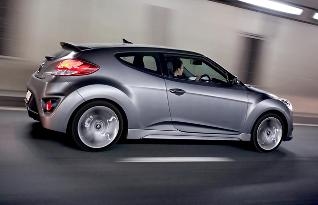 2015-Hyundai-Veloster-Wallpaper-Download