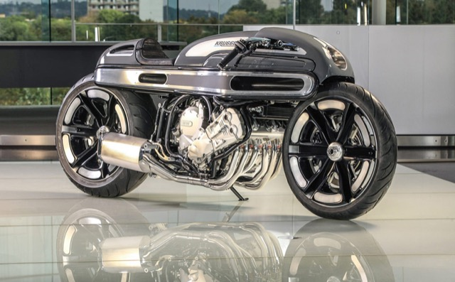 DRIVING THE FUTURE is #Volvo Concept #Bike #Sketch